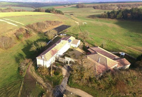 Domaine De Chantemerle B'nB : Bed and Breakfast near Aussac-Vadalle