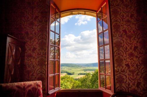 Chateau Calvayrac : Guest accommodation near Puy-l'Évêque