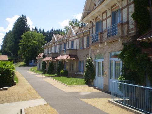 Le Domaine des Plaines : Guest accommodation near Baffie