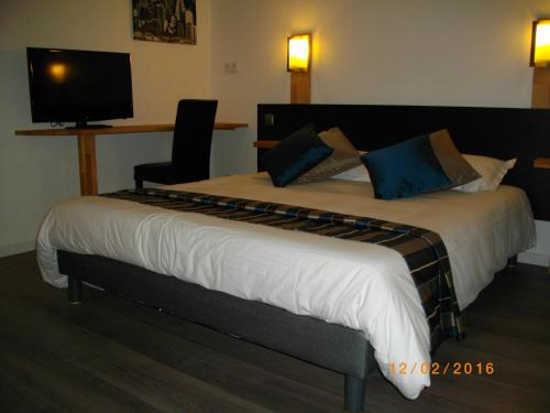 Appart'hotel Residella House Avignon : Guest accommodation near Sorgues