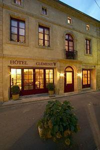 Le Clement V : Hotel near Larzac