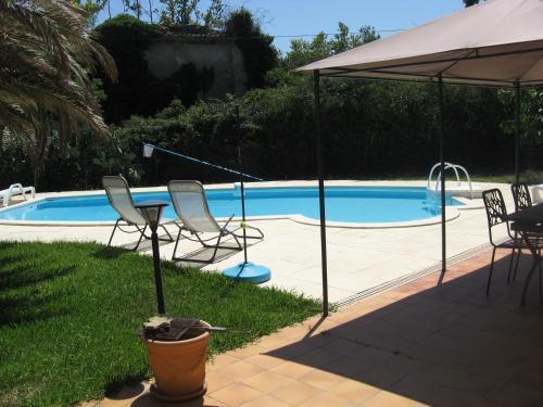 120 m2 3 chambres, parking et piscine : Apartment near Roquefort-la-Bédoule