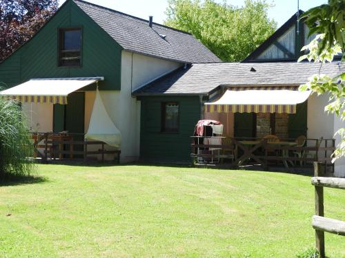 Camping Le Saillet : Guest accommodation near Bénéjacq