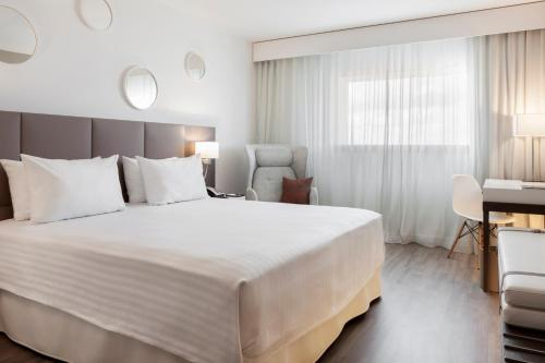 AC Hotel Paris Le Bourget Airport by Marriott : Hotel near Sarcelles