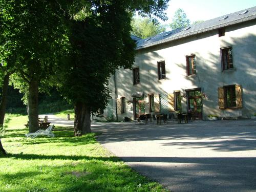 Gite d'Etape Ascou La Forge : Guest accommodation near Montaillou