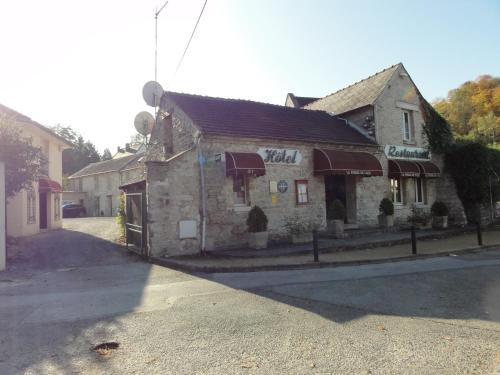 Hotel Restaurant - La Ferme de Vaux Creil Chantilly : Hotel near Erquinvillers