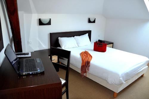 Hotel Les Bénédictins : Hotel near Limoges