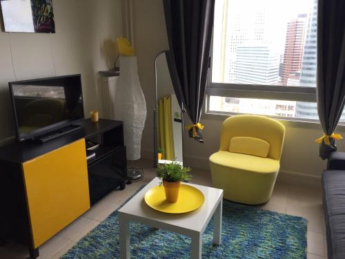 Studio Elégant Paris la Défense : Apartment near La Garenne-Colombes