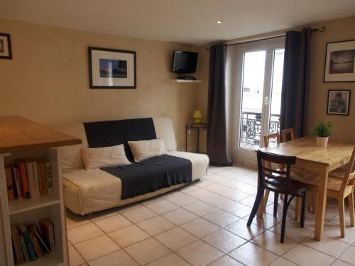 Appartement Clair Et Lumineux : Apartment near Paris