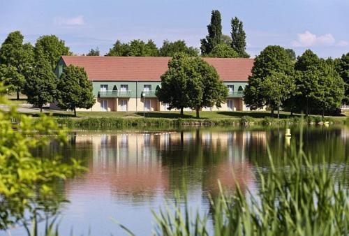ibis Styles Bourbon Lancy : Hotel near Paray-le-Frésil
