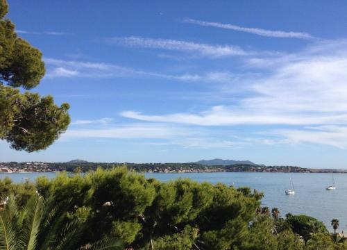 Appartement Residence Plein Sud : Apartment near Bandol