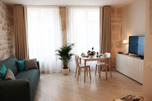 Jardin Saint Honoré Apartments : Apartment near Paris 1er Arrondissement