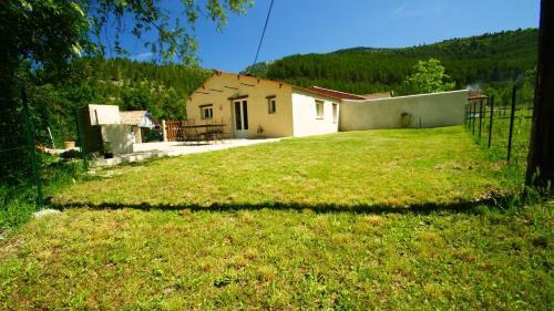 La Louverie : Guest accommodation near Brantes