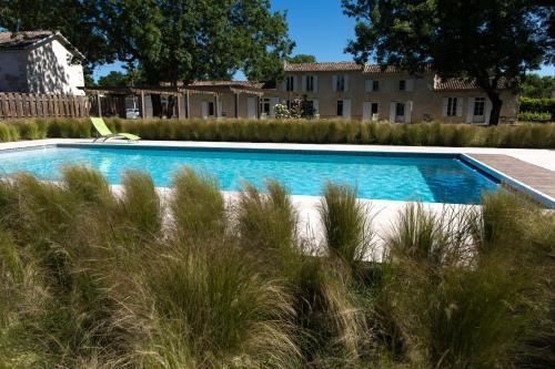 Les Cinq Sens du Château Mayne Lalande : Guest accommodation near Saint-Julien-Beychevelle
