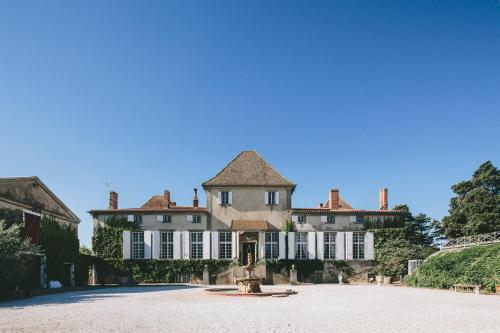Chateau de Paraza : Bed and Breakfast near Saint-Nazaire-d'Aude