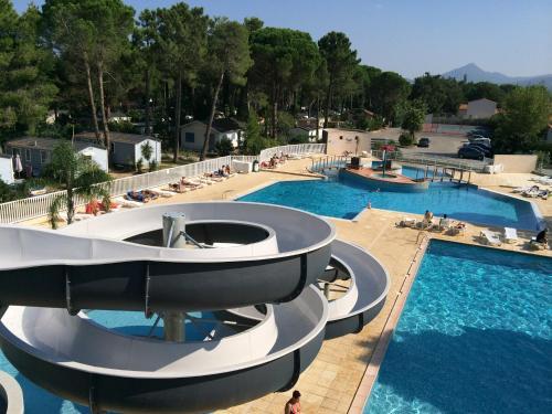 Mobilhomes de Pierrot : Guest accommodation near Ortaffa