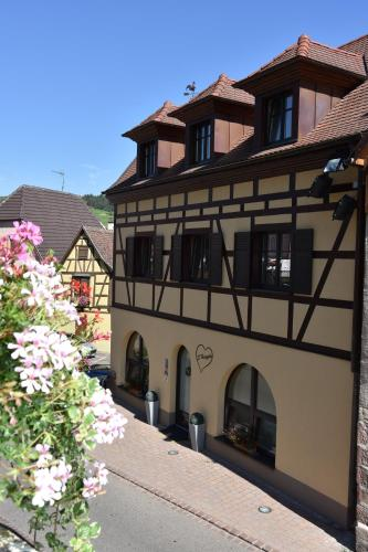 Harzala Taupe : Guest accommodation near Orschwiller