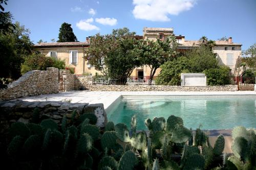 La Rougeanne : Bed and Breakfast near Moussoulens