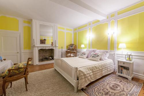 Chambres d'Hotes Le Bon Repos : Bed and Breakfast near Louannec