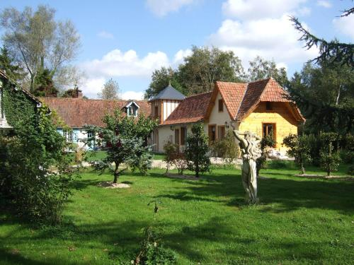 La Maison de l'Epousée B&B : Bed and Breakfast near Bussus-Bussuel