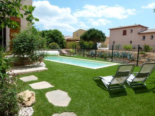 Belle Villa Portiragnes : Guest accommodation near Cers