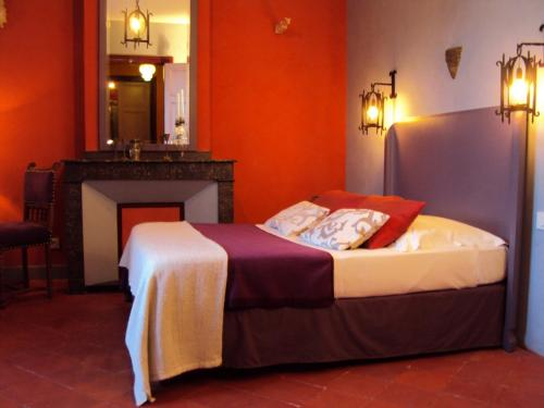 Les Chambres des Dames : Bed and Breakfast near Siran