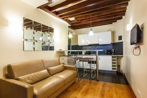Apartment Pompidou : Apartment near Paris 4e Arrondissement