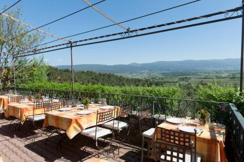 Le Clos de la Glycine : Hotel near Roussillon