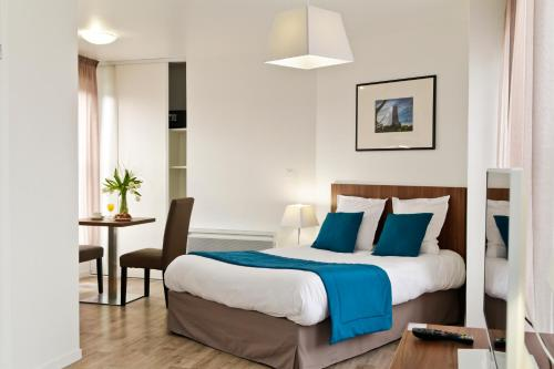 Odalys City Amiens Blamont : Guest accommodation near Camon