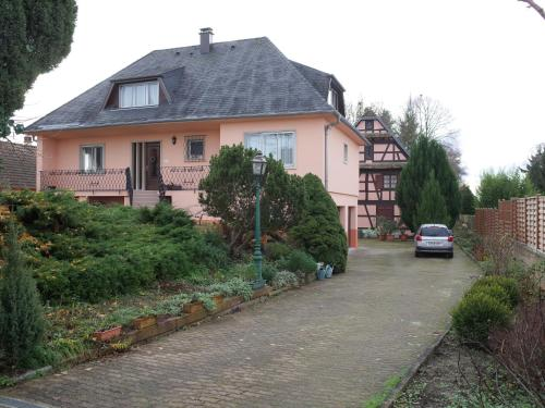 Maison de Jeanne : Guest accommodation near Plobsheim
