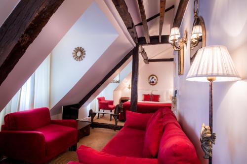 Hotel Louis 2 : Hotel near Paris 6e Arrondissement