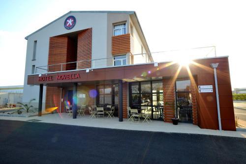 Hotel The Originals Nantes Est Novella (ex Inter-Hotel) : Hotel near Sainte-Luce-sur-Loire