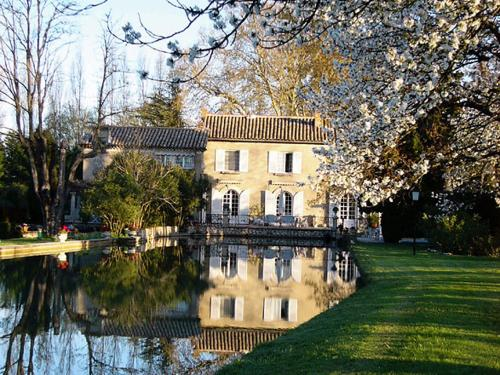 Domaine Du Moulin : Guest accommodation near Saint-Laurent-des-Arbres