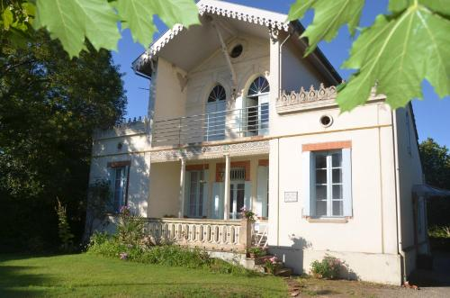 Villa Lea : Guest accommodation near Pinsaguel