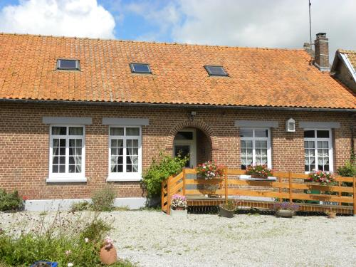 Entre Caps et Marais : Bed and Breakfast near Rodelinghem