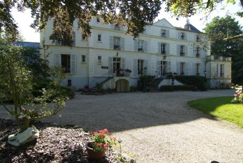 Hôtellerie Nouvelle de Villemartin : Hotel near Boissy-le-Cutté