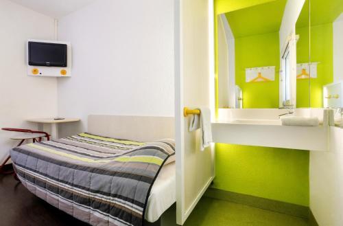 hotelF1 Les Ulis Courtaboeuf : Hotel near Villejust