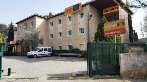 hotelF1 Aix En Provence : Hotel near Fuveau