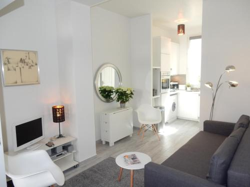 Flea Market Apartment : Apartment near Saint-Ouen