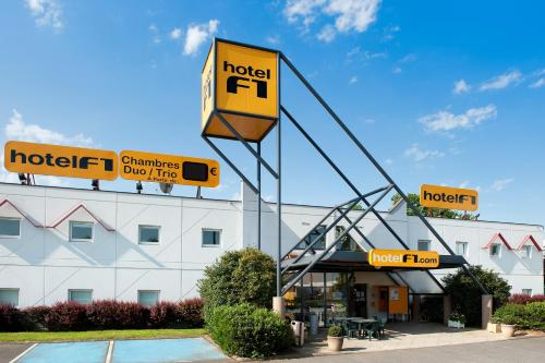 hotelF1 Boulogne sur Mer : Hotel near Pittefaux