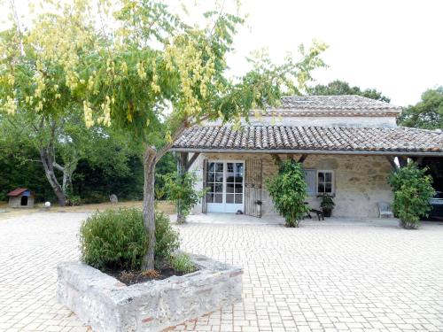 Le Colombier : Bed and Breakfast near Castella