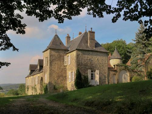 Apartment La Tour : Guest accommodation near Montaron