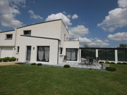 Holiday Home Grand Louis : Guest accommodation near Locmiquélic