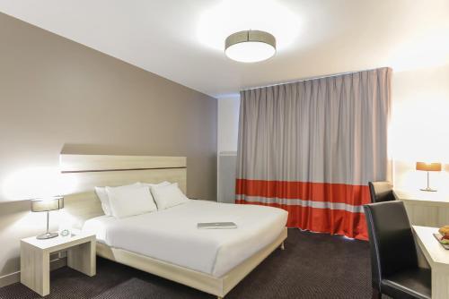 Appart'City Confort Paris Villejuif : Guest accommodation near Vitry-sur-Seine