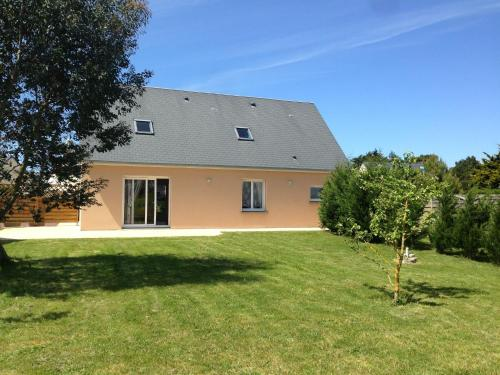 Villa Kejax : Guest accommodation near Saint-Germain-sur-Ay