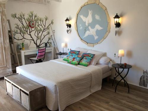 Mas Du Cadranier : Bed and Breakfast near Volx