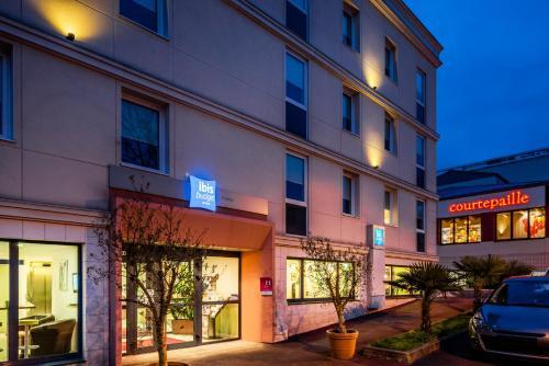 Hotel ibis budget Chatillon Paris Ouest : Hotel near Châtenay-Malabry
