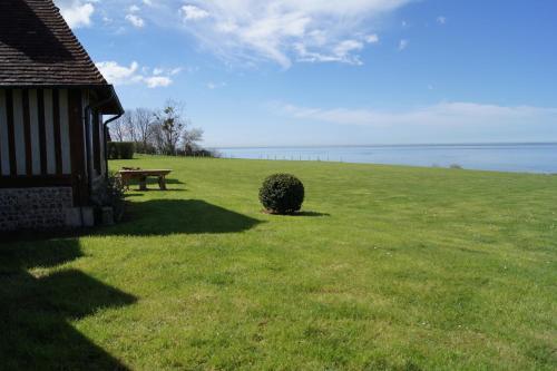 Maison bord de mer Honfleur - La Girelle : Guest accommodation near Cricquebœuf