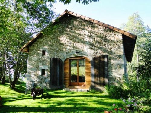 Jasserie Les Airelles : Guest accommodation near Sauvessanges