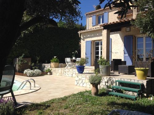 Villa Provençale : Guest accommodation near Peillon